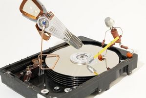 article-new-thumbnail-ehow-images-a06-ic-st-do-repair-hard-drive-corruption_-800x800