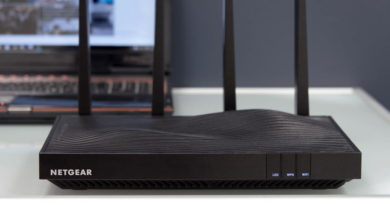 4 Tips to selecting the best wireless router for your business.